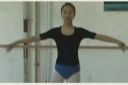 <b>北京大成艺术高考培训班舞蹈基训课课堂</b>