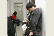 17岁宁夏女孩在京参加艺考 为明星梦月支出万元
