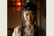 <b>新版红楼梦薛宝钗白冰台词曝光 都是李少红的错</b>