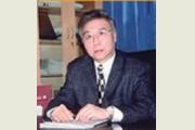 李瑞清教授简历:上海戏剧学院导演系硕士研究生李瑞清介绍