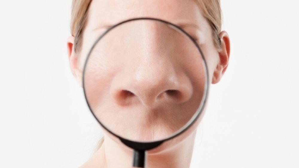 缩鼻翼自然方法:能让鼻翼缩小、鼻梁变挺、鼻头变精致的肌肉训练