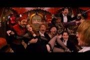 康康舞性感舞蹈演员:红磨坊无上装歌舞表演,法国特色舞蹈无上装康康舞视频